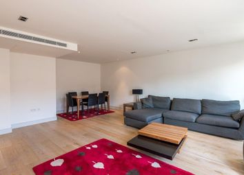 Thumbnail 3 bedroom flat to rent in Park Street, Fulham