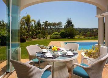 Thumbnail 4 bed villa for sale in Portugal, Algarve, Lagoa