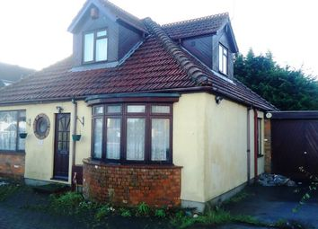 Thumbnail 4 bed detached bungalow for sale in 203 Toddington Road, Luton, Bedfordshire