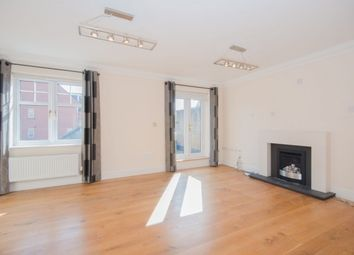 Thumbnail 4 bed town house to rent in Eastbury Road, Watford