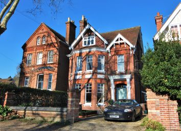 Thumbnail 5 bed detached house to rent in Norman Avenue, Henley-On-Thames
