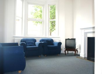 Thumbnail 2 bed flat to rent in Harbut Road, Clapham