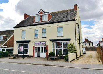 Thumbnail Hotel/guest house for sale in 70-72 Victoria Road, Mablethorpe