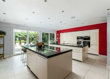 Thumbnail 5 bed property to rent in Cheyne Place, London