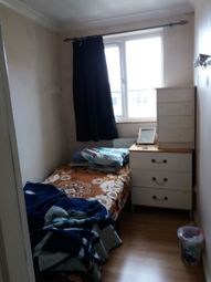Thumbnail Room to rent in Kelso Gardens, Leeds