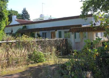 Thumbnail 3 bed bungalow for sale in Ridgemead Road, Englefield Green