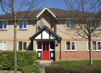 Thumbnail 1 bed flat to rent in Woodland Grove, Epping