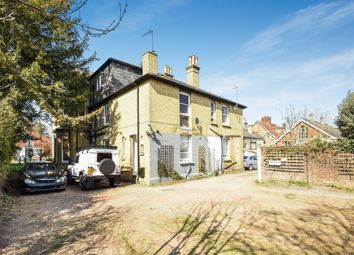 Thumbnail Studio to rent in Hatchlands Road, Redhill