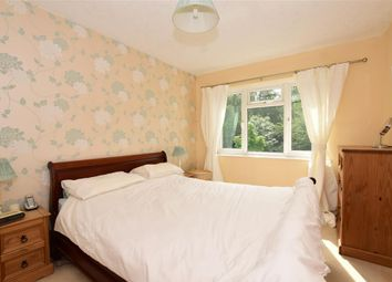 Thumbnail 2 bedroom flat for sale in Montalt Road, Woodford Green, Essex