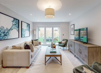 Dovers Green Road, Reigate, Surrey RH2. 5 bed detached house for sale