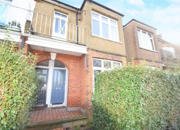 3 bed maisonette to rent in Moor Mead Road, St Margarets, Twickenham TW1
