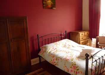 Thumbnail 4 bed flat to rent in Bruntsfield Gardens, Bruntsfield, Edinburgh
