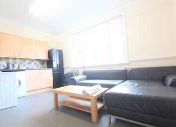 Thumbnail 5 bed flat to rent in Cat Hill, East Barnet