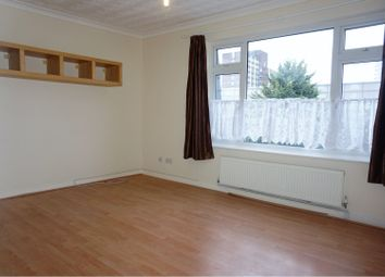 Thumbnail 1 bed flat to rent in 50 Western Road, Romford