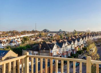 2 bed property for sale in Alexandra Park Road, London N10
