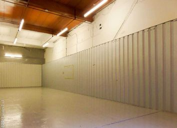 Thumbnail Commercial property to let in 800 Sqft Industrial/Commercial Space To Let, Flexible Terms, Free Parking, 24/7 Access