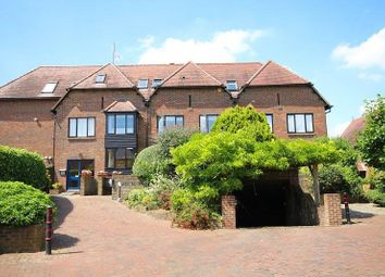 Thumbnail 2 bed flat to rent in Adam Court, Henley-On-Thames