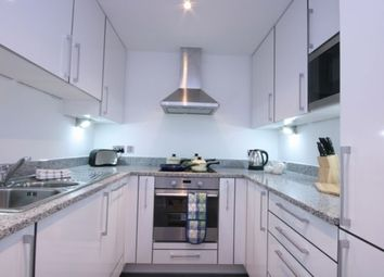 Thumbnail 1 bed flat to rent in Western Gateway, Royal Docks / Docklands