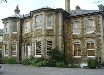 Thumbnail 2 bed flat to rent in Clandon Road, Guildford, Surrey