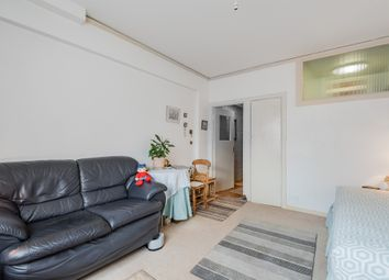 Thumbnail Flat for sale in Woburn Place, London