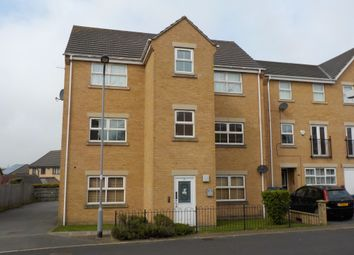 Thumbnail 2 bed flat to rent in Alred Court, Bradford