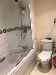 Thumbnail 3 bed flat to rent in Carisbrooke Road, Leeds