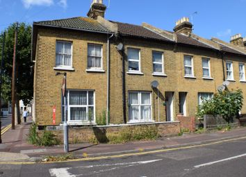 Thumbnail 1 bed flat for sale in 1B Gordon Road, Southend-On-Sea, Essex