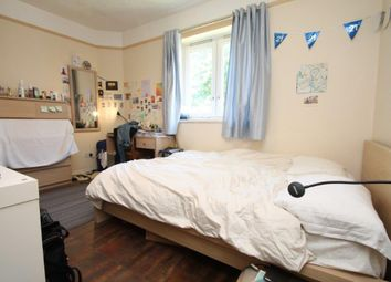 Thumbnail 3 bedroom flat to rent in Burbage Close, Southwark