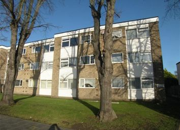 Thumbnail 1 bed flat to rent in Upminster Road, Hornchurch