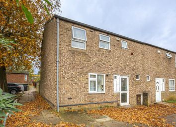 3 bed end terrace house for sale in Thrush Lane, Wellingborough, Northamptonshire. NN8