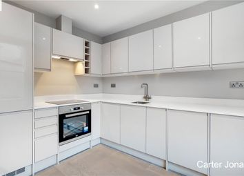 Thumbnail 1 bedroom flat to rent in Barnes High Street, London
