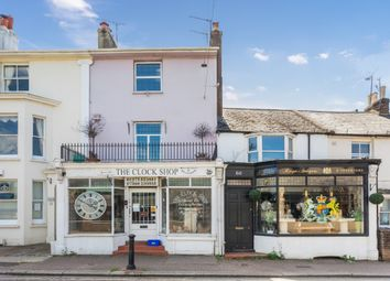 High Street, Hurstpierpoint, West Sussex BN6. 2 bed flat for sale