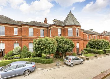 Thumbnail 3 bed flat to rent in Richmond Drive, Woodford Green