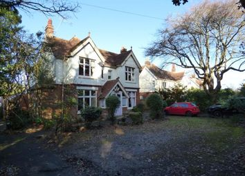 Thumbnail 6 bedroom property for sale in New Barn Road, East Cowes