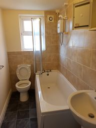 Thumbnail 1 bed flat to rent in Brook Road, Fallowfield