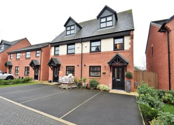 Thumbnail 3 bedroom town house for sale in Hawthorn Avenue, Hazel Grove, Stockport