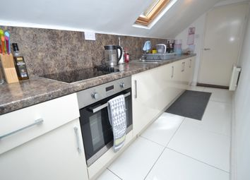 Thumbnail 2 bed flat to rent in Penylan Road, Penylan, Cardiff