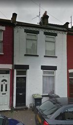 Thumbnail 3 bed terraced house to rent in Wimbourne Road, Luton