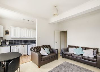 2 Bedrooms Flat to rent in Wandsworth Road, London SW8