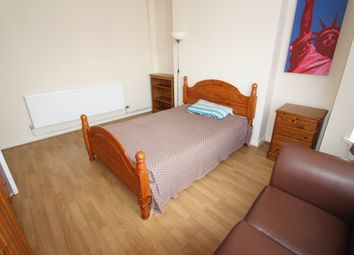 Thumbnail 2 bedroom flat to rent in Newport Road, City Centre, Cardiff