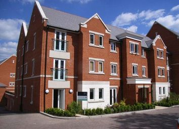 Thumbnail 2 bedroom flat for sale in The Comptons, Comptons Lane, Horsham