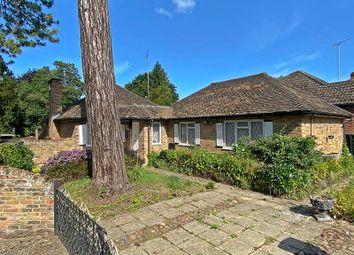 Hedsor Road, Bourne End SL8. 2 bed bungalow