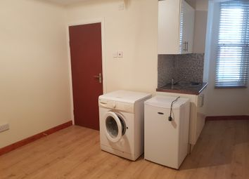 Thumbnail Studio to rent in Stamford Hill Road, Stamford Hill