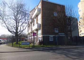 Thumbnail 4 bed flat to rent in Blackfriars Road, Southsea