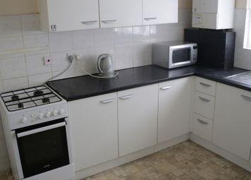 3 bed maisonette to rent in Farnham Road, Farnham Royal, Slough SL2