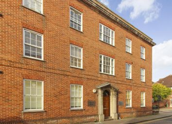 2 bed flat to rent in Marlowe Avenue, Canterbury CT1
