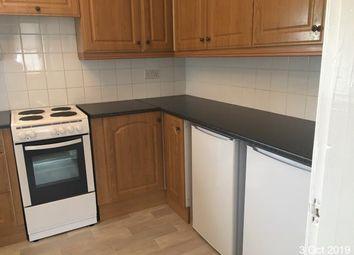 2 bed flat to rent in Muir Street, Law, Carluke ML8