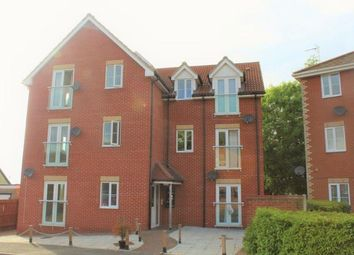2 bed flat to rent in Finbars Walk, Ipswich IP4