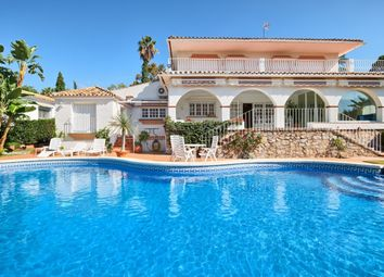 Thumbnail 4 bed villa for sale in Guadalmina Alta, San Pedro De Alcantara, Malaga, Spain