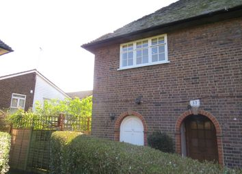 Thumbnail 2 bed maisonette to rent in Neale Close, Hampstead Garden Suburb, London